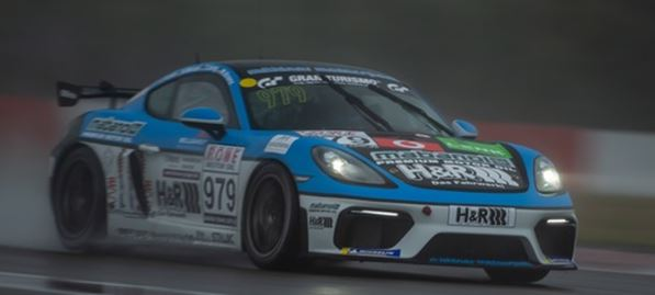 Mühlner Porsche Cayman GT4 #979 supported by Mabanol and H&R back in the Championship battle
