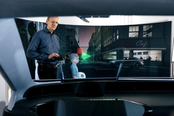 Volkswagen Group invests in leading technology company in the field of 3D holography