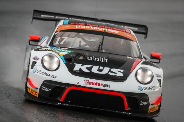 Timo Bernhard tops timesheets in FP1 at Zandvoort
