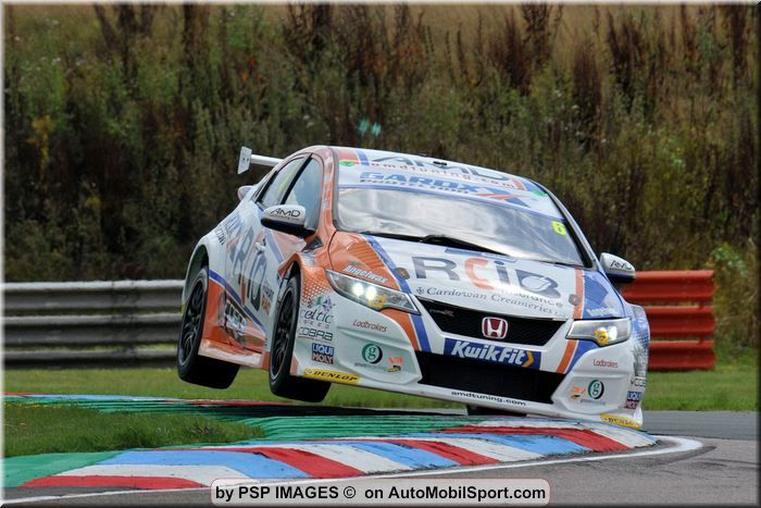 Determined Cobra Sport AmD with AutoAid/RCIB Insurance Racing targets strong Knockhill weekend