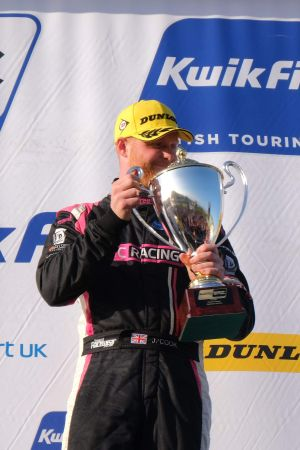 BTC Racing adds to podium tally at Knockhill