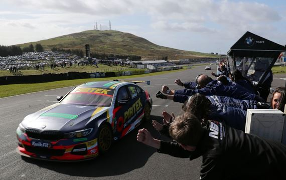 BTCC title race blown wide open on dramatic day at Knockhill