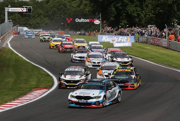 BTCC set for Scotland with Turkington leading the way