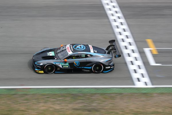 Debut season for the R-Motorsport Aston Martin Vantage DTM draws to a conclusion