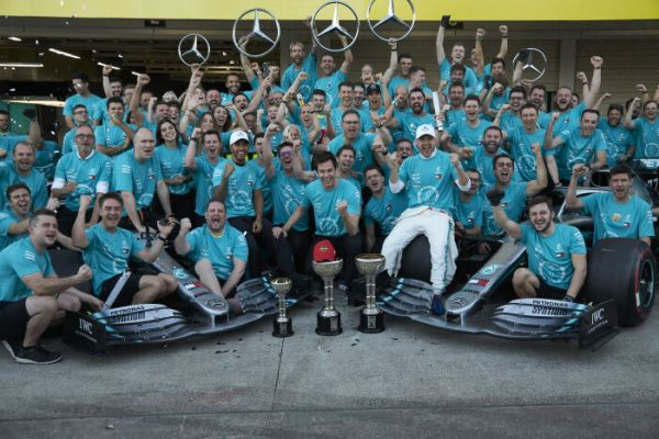 Mercedes-AMG Petronas Motorsport write Formula One history with their sixth consecutive double title
