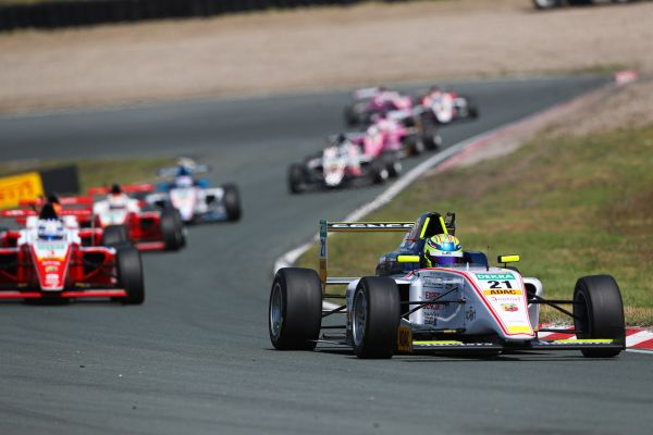 ADAC Formula 4 at the Nürburgring: Home race for Schumacher's US Racing CHRS