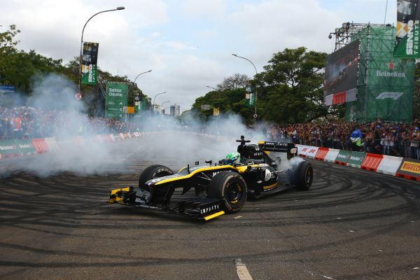 Caio Collet enjoys dream Formula 1 run on hometown streets