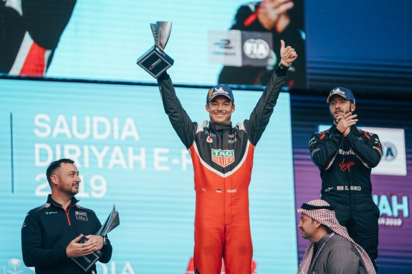 Porsche Podium at Formula E opener: second place for André Lotterer in Saudi Arabia