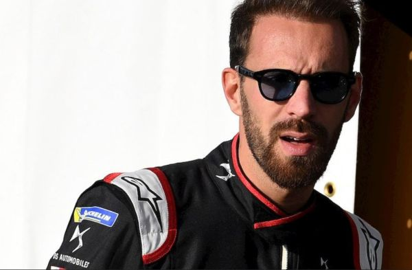 Jean Eric Vergne drop back of the grid for Diriyah ePrix