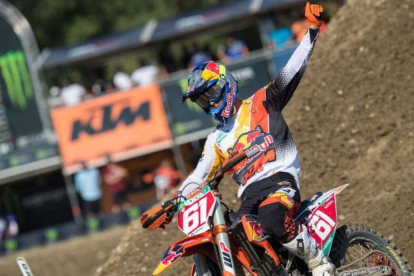 Prado places one hand on 2019 MX2 title with thirteenth consecutive win in Imola