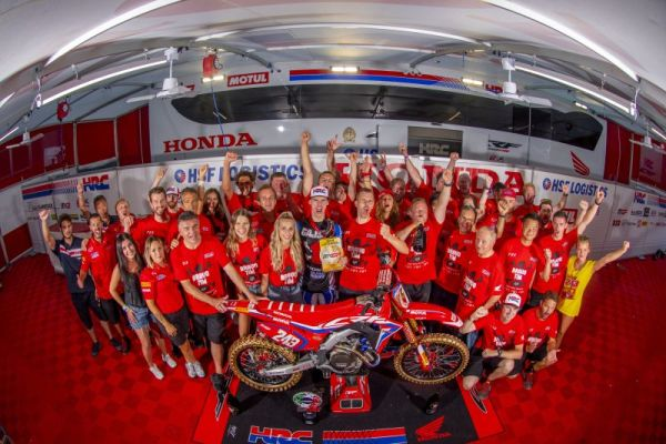 Tim Gajser seals third world championship in front of massive Slovenian crowds