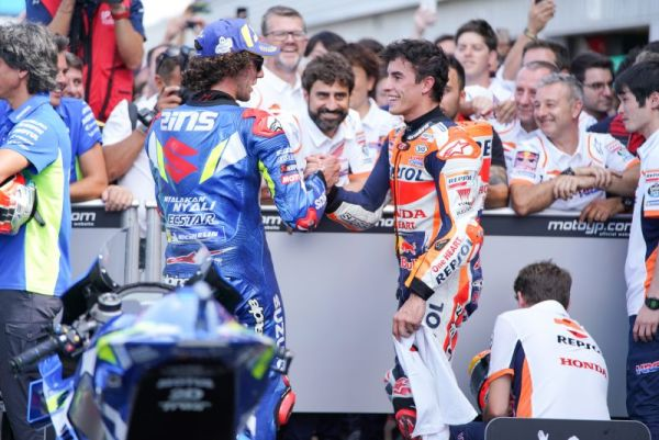 Marquez equals Agostini with sensational second in Silverstone