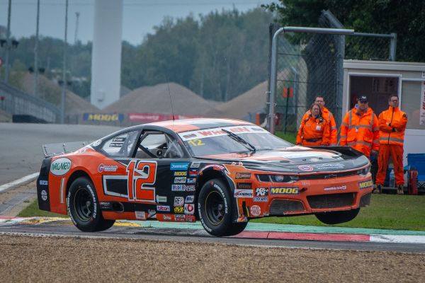 Solaris Motorsport ends the 2019 Nascar EuroSeries season with a solid Top10 for Francesco Sini