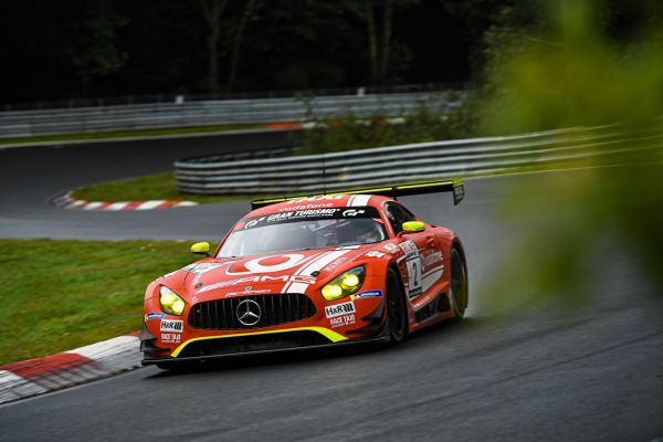 Fourth consecutive victory for Mercedes-AMG in VLN at Nürburgring-Nordschleife