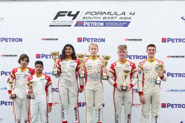 Elias Seppanen overcomes severe heat to take first F4SEA race at Sepang