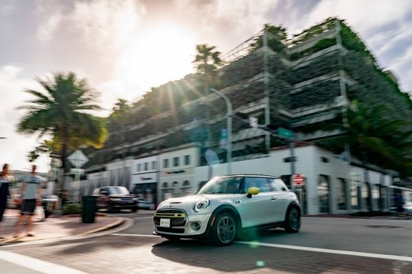 Media presentation of the new MINI Electric is designed to be CO2 neutral