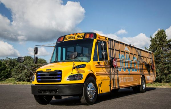 Daimler Trucks subsidiary delivers 50 fully-electric school buses for the state of Virginia
