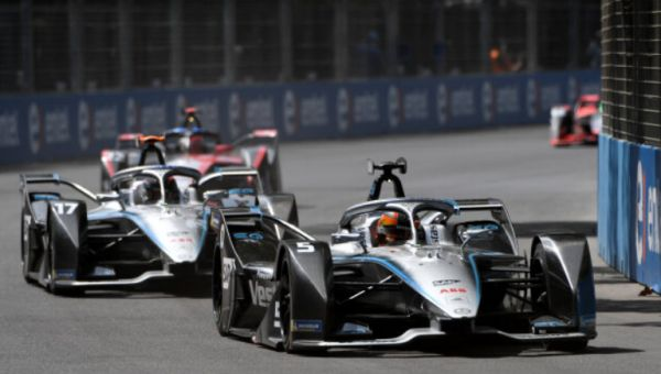 Double points finish in Santiago: Nyck de Vries and Stoffel Vandoorne in the Top 6