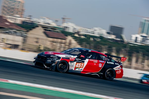 BMW, Sorg Rennsport, De los Milagros and his teammates shine in Dubai's perfect storm
