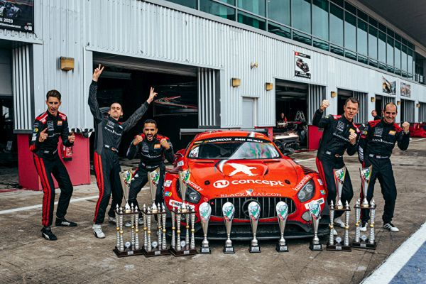 Overall and class wins for Mercedes-AMG in rain chaos of the Dubai 24 Hours