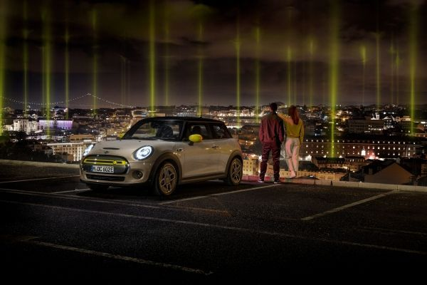 Sustainable mobility for everyone: MINI ELECTRIC shows the way