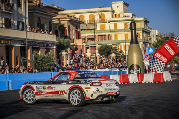 Dariusz Polonski to push for ERC double in Abarth 124 rally