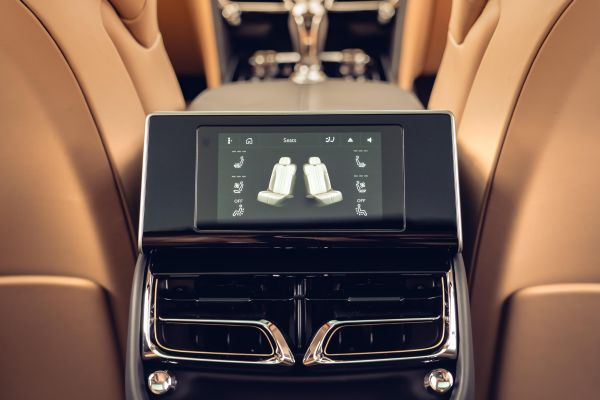 McLaren new Flying Spur - Touch Screen remote brings luxury to your fingertips