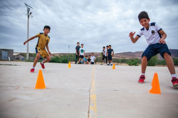 UEFA Foundation for Children provides Mexican youngsters with sports and educational activities