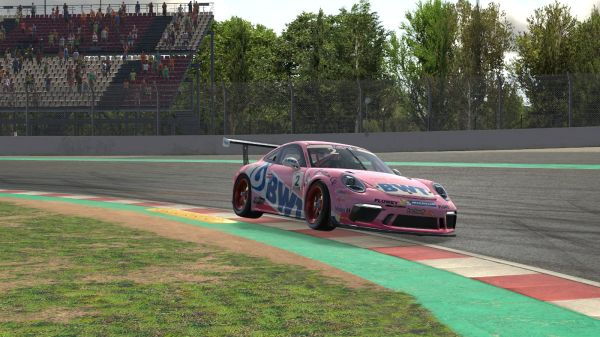 Dylan Pereira debuts the Porsche Mobil 1 Supercup Virtual Edition with two podium finishes