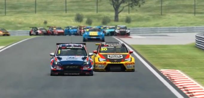 Esports WTCR Hungaroring - Baldi, Csuti take thrilling wins