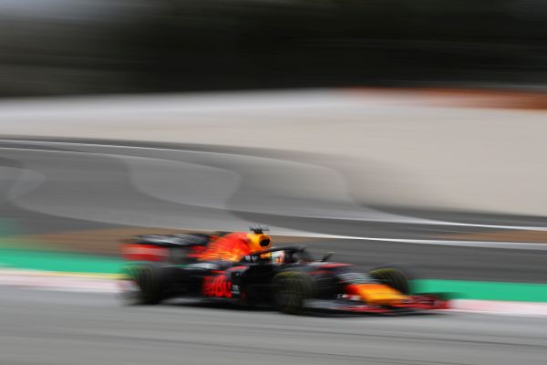 Aston Martin Red Bull Racing F1 finish Barcelona test with Max and Alex
