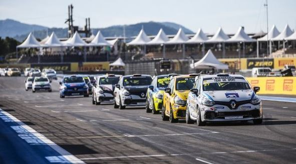 The Clio Cup Open returns to the French Grand Prix!