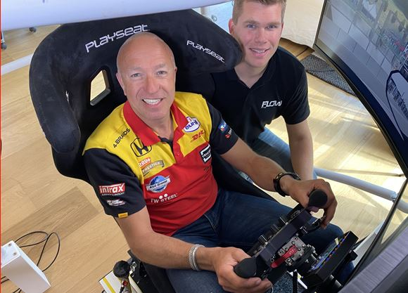 Tom Coronel to take on sim racing in digital 2020 FIA WTCR / TCR Europe series