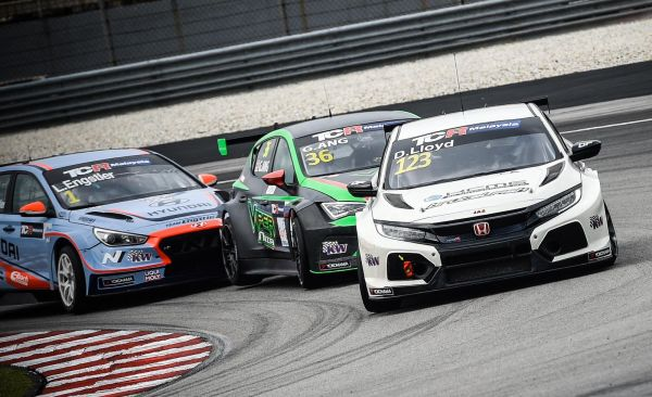 Lloyd returns to Sepang for TCR Malaysia title showdown