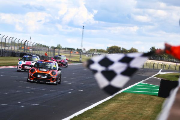 Three trophies and prodigious pace for Dan Zelos as MINI CHALLENGE joins BTCC bill