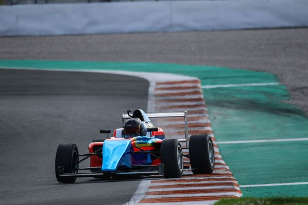 Drivex to enter two cars under the FA Racing banner in the F4 Spain