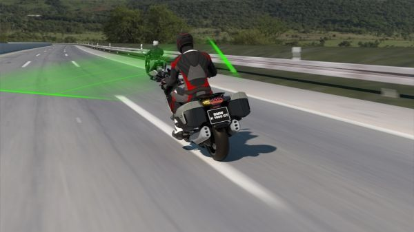 The new BMW Motorrad Active Cruise Control (ACC)