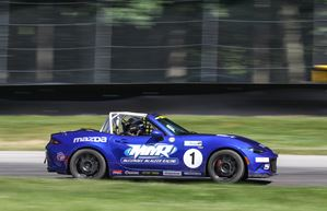 McAleer Tops Global Mazda MX-5 Cup Test at Mid-Ohio