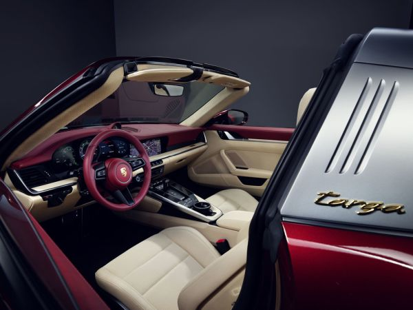 Porsche 911 Targa 4S Heritage Design Edition - Paying tribute to ...