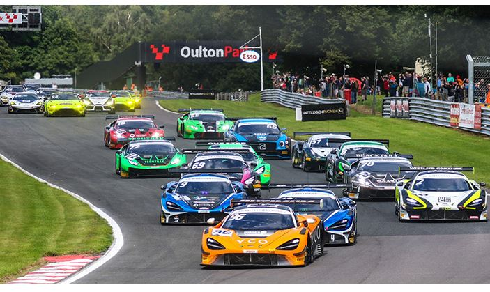 Esports ace Baldwin and Michael O'Brien claim British GT Race 1 victory at Oulton - results
