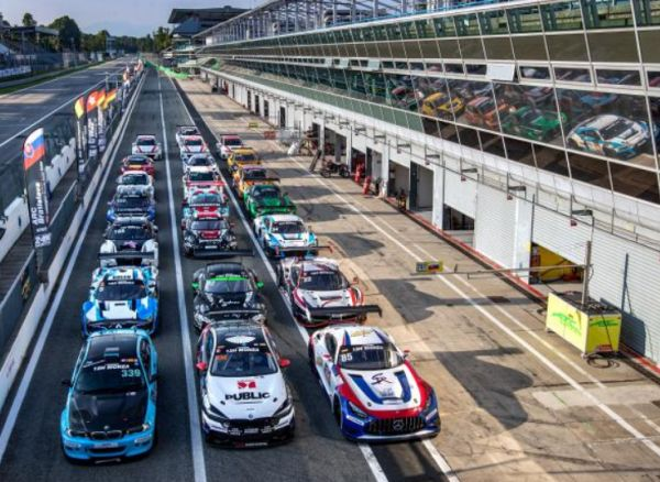 Equipe Verschuur takes Hankook 12H MONZA pole position on the final lap