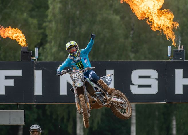 Geerts Strikes Back with 1-1 Victory at MX2 Round of Riga-  full results