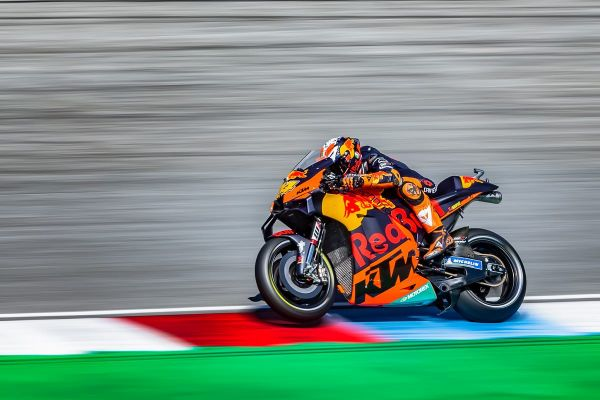 Espargaro and Binder attack MOTOGP™ Q2 at Brno to earn promising grid slots