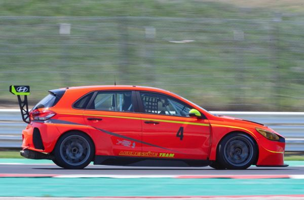 TCR Italy / TCR DSG Italy - Guastamacchia fastest in the official test at Misano