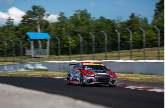 Pfaff Motorsports confirms full-season entry in CTCC