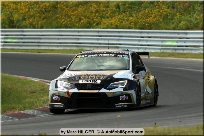 mathilda racing celebrates two class wins with the Cupra TCR at the Nürburgring