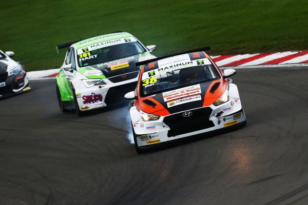 Double victory on final weekend seals TCR UK title