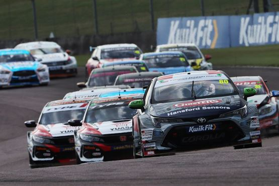 Toyota triumphs as Tom Ingram takes double at Thruxton