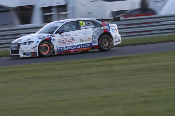 Progress but no points for GKR TradePriceCars.com at Snetterton