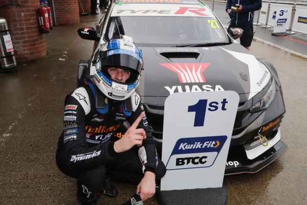 Cammish wins again at Brands Hatch finale to secure third in BTCC